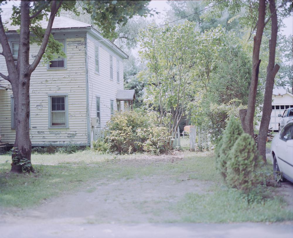 housefront2.jpg
