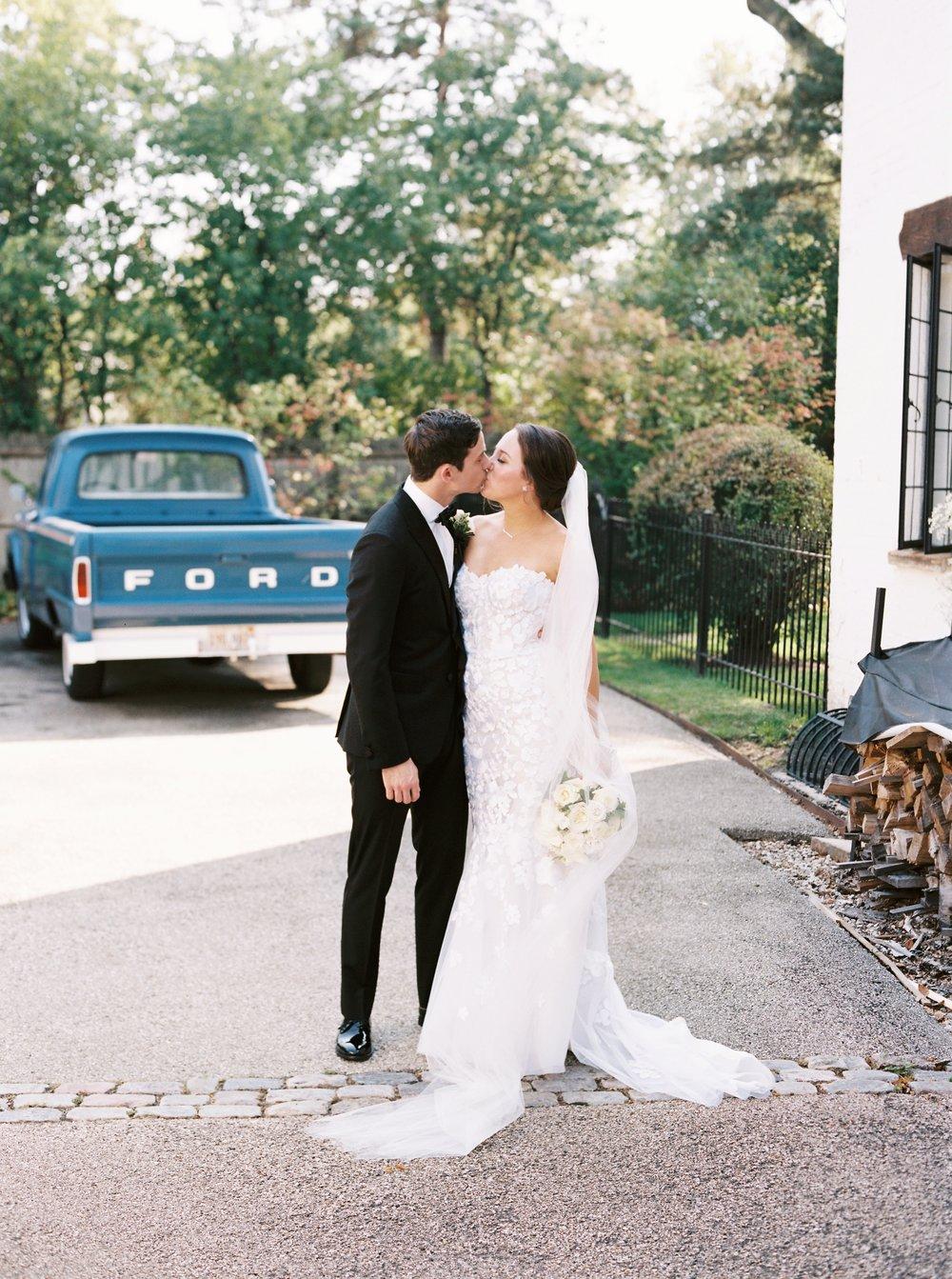 Kyle John l Fine Art Wedding Photography l Chicago, Copenhagen, California, New York, Destination l Blog l Kate and Michael_Winnetka_16