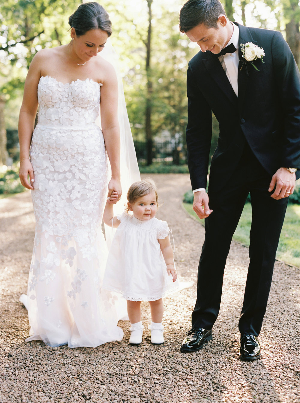 Kyle John l Fine Art Wedding Photography l Chicago, Copenhagen, California, New York, Destination l Blog l Kate and Michael_Winnetka_24