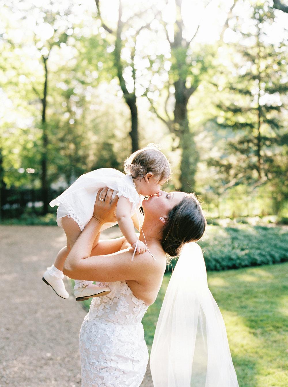 Kyle John l Fine Art Wedding Photography l Chicago, Copenhagen, California, New York, Destination l Blog l Kate and Michael_Winnetka_22