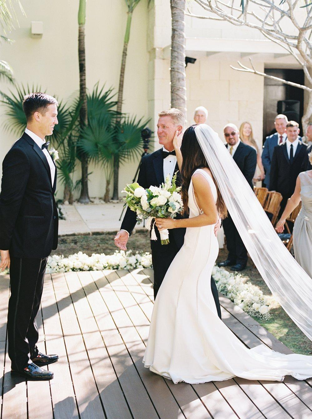 Kyle John l Fine Art Wedding Photography l Chicago, Copenhagen, California, New York, Destination l Blog l Brooke Boyd_The Film Poets_Tulum Wedding_15