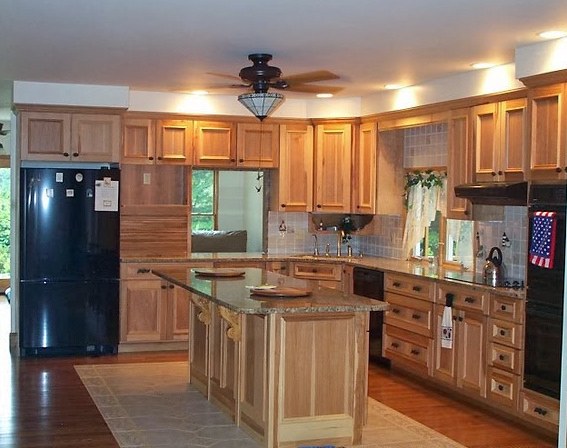 Kitchens (230).jpg