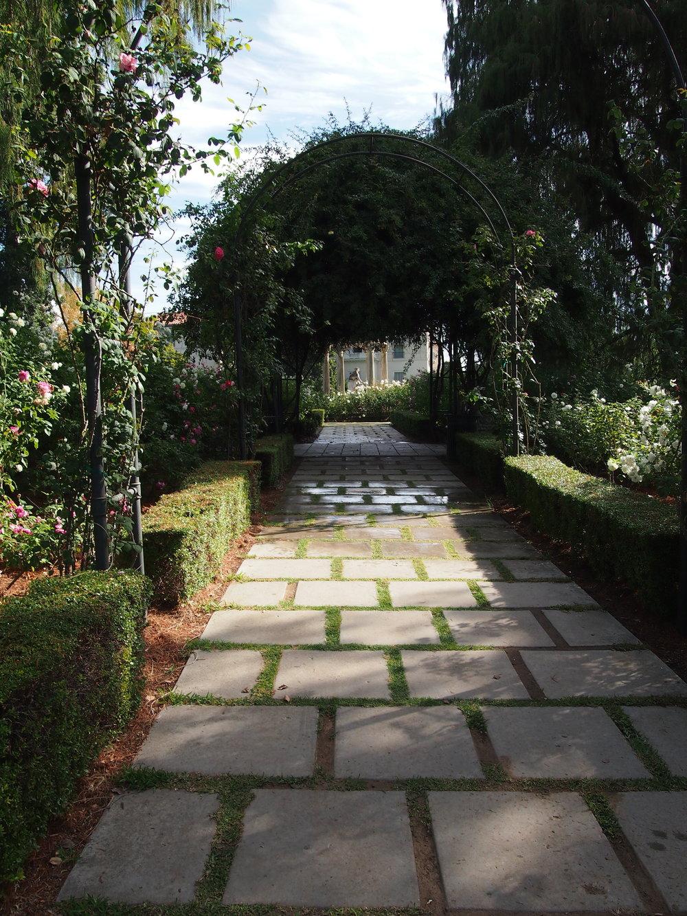Rose Garden10.JPG