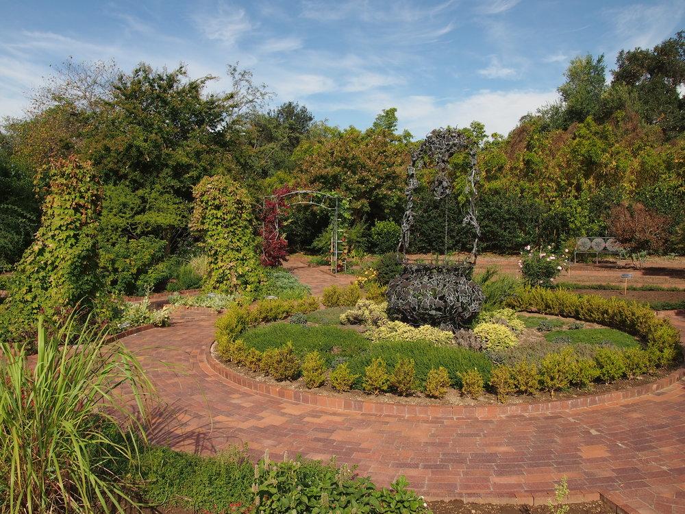 Herb Garden04.JPG