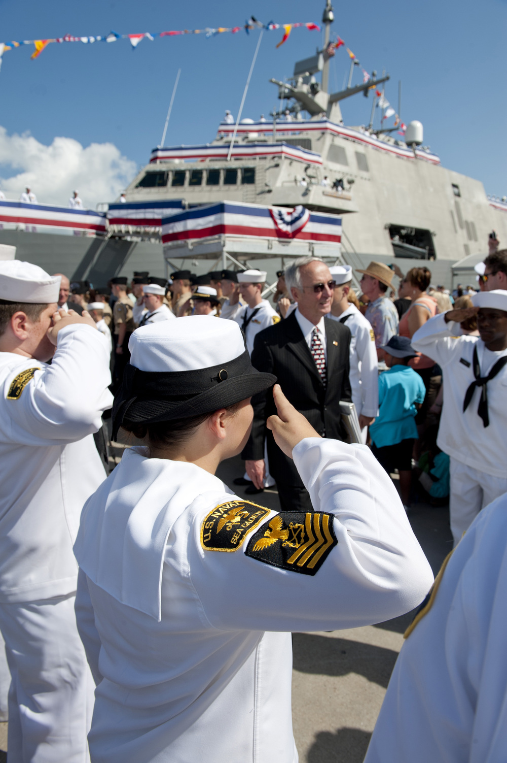 Sea Cadets render honors to former Secretary of the Navy