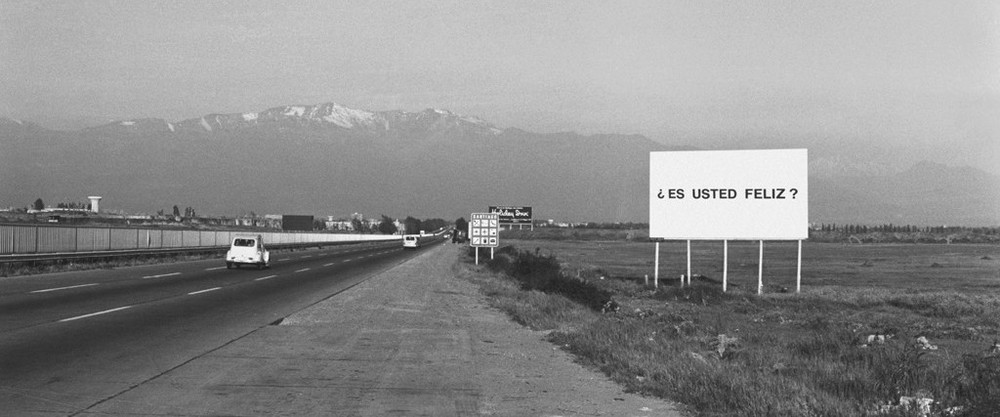 Alfredo Jaar. Studies on Happiness, 1981; public intervention, Santiago, Chile. Courtesy of the Artist.
