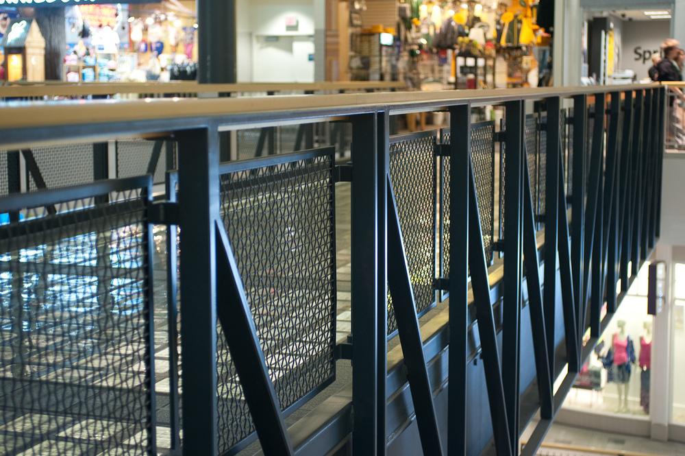 Footbridge, Mall of America