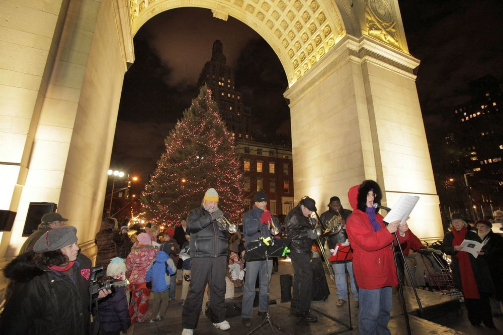 The Annual Holiday Tree Lighting The Washington Square Association