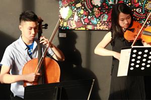 雙提琴的夏浪漫 2013/08/15 & 2013/08/22
