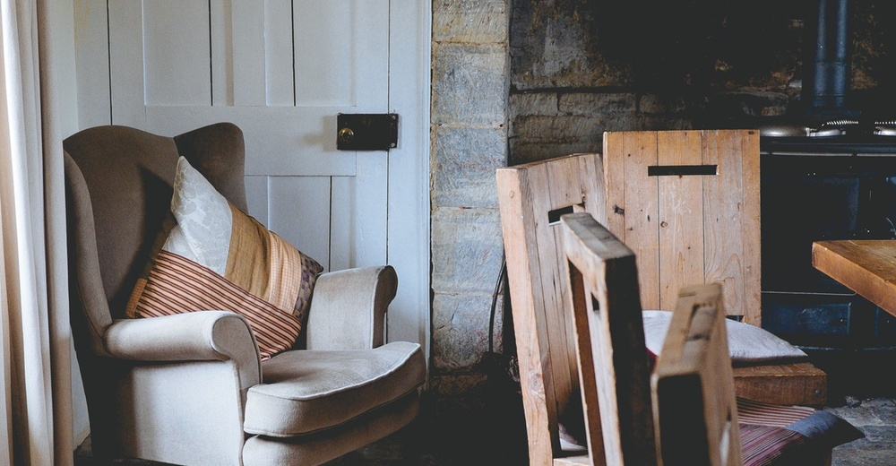 The Absolute Easiest And Quickest Way To Breathe New Life Into Any Room Is  With New Paint Colors. If Your Dining Room Is Feeling Drab, Brighten It Up  With A ...