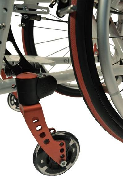The front castors are available in several different versions, as are the front forks.