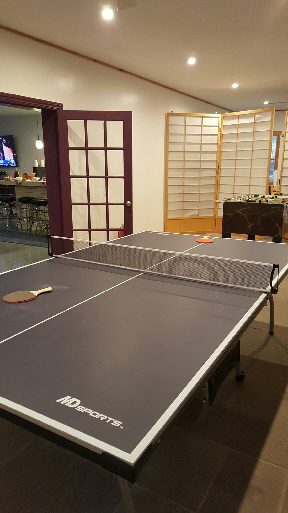 In our brand new Carriage House enjoy games like ping pong and pool!