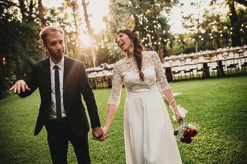 Vou iniciar minhas postagens deste ano com um #tbt de responsa! Ontem fez 2 anos do casamento da Sole e do Marco! Um casamento muuuito importante para mim, que me abriu portas, a cabeça e me mostrou do que os chilenos são capazes na arte de festar! Hahahaha #balduzzi #renaclo #werockphotographers #chile #indomavel #destinationwedding #noivas2019 #anotherwildstory #casededia