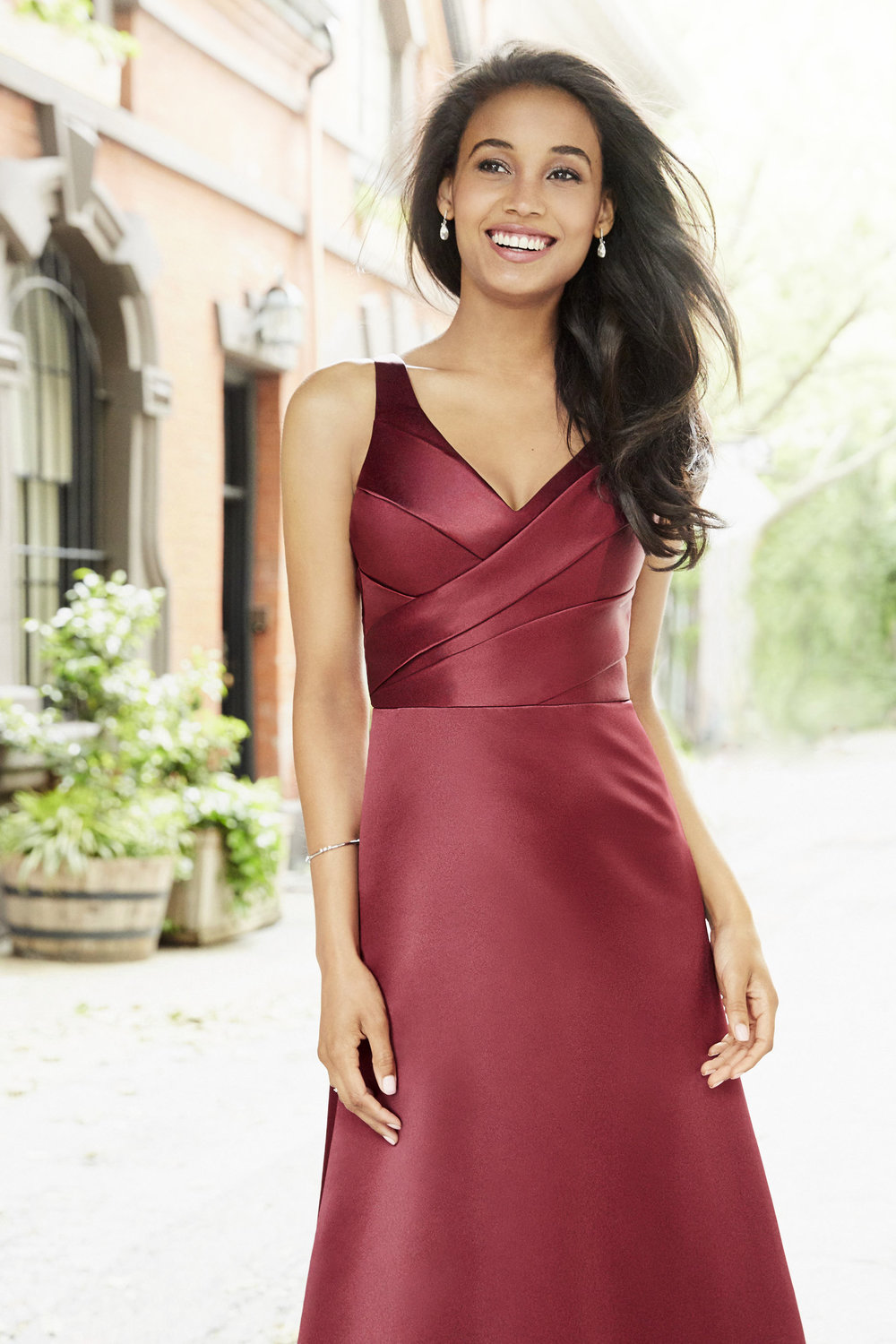 hayley-paige-occasions-bridesmaids-and-special-occasion-fall-2017-style-5753_1.jpg