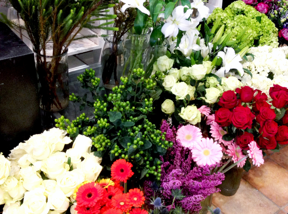 Create your own bouquets with the friendly and talented staff at Flowers Talk Tivoli.