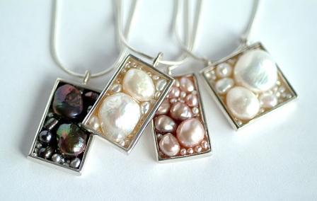 Black FW Pearls pendantweb.jpg