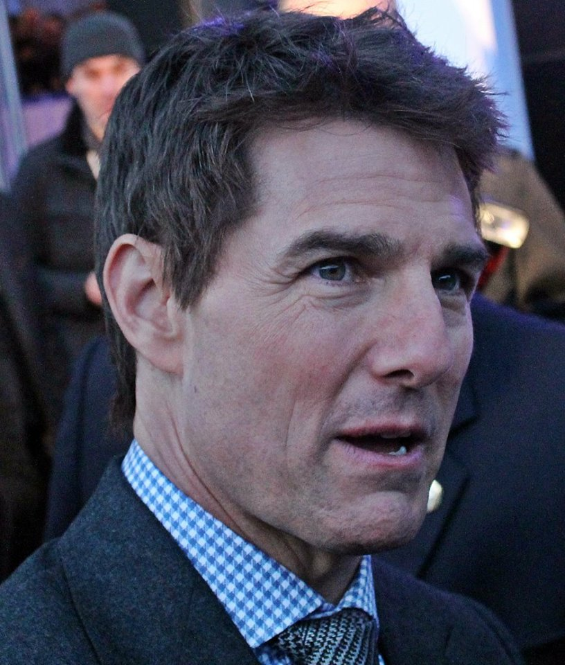 Tom Cruise - Oblivion 2013
