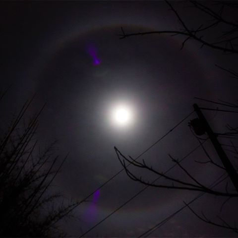 22-degree lunar halo from an Austin vantage-point tonight. Feels wild.