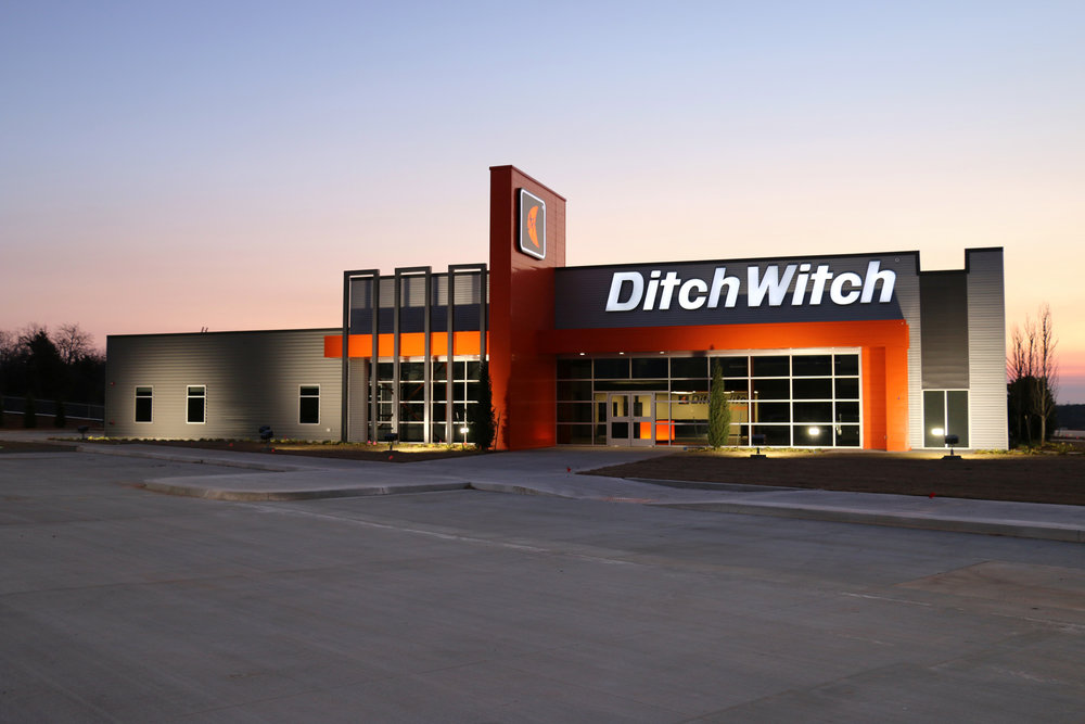 DitchWitch_01_4x6[2].jpg