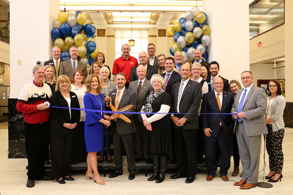FNB 2018 ribbon cutting_4x6.jpg