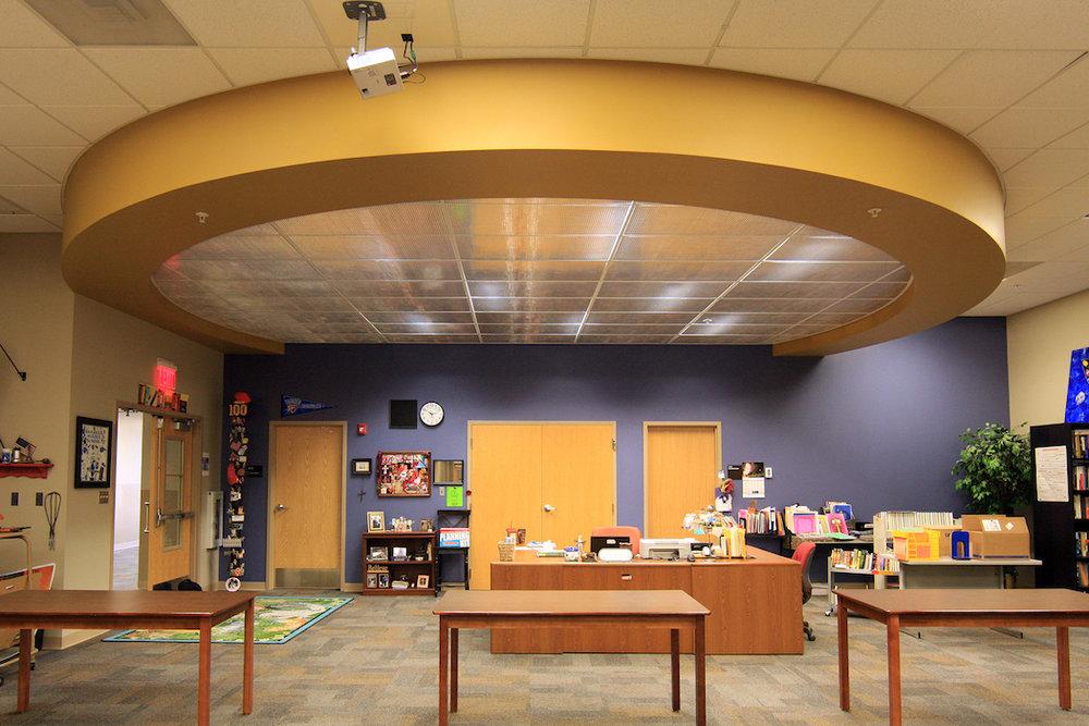 Oakdale PS_library_01_4x6 copy.jpg