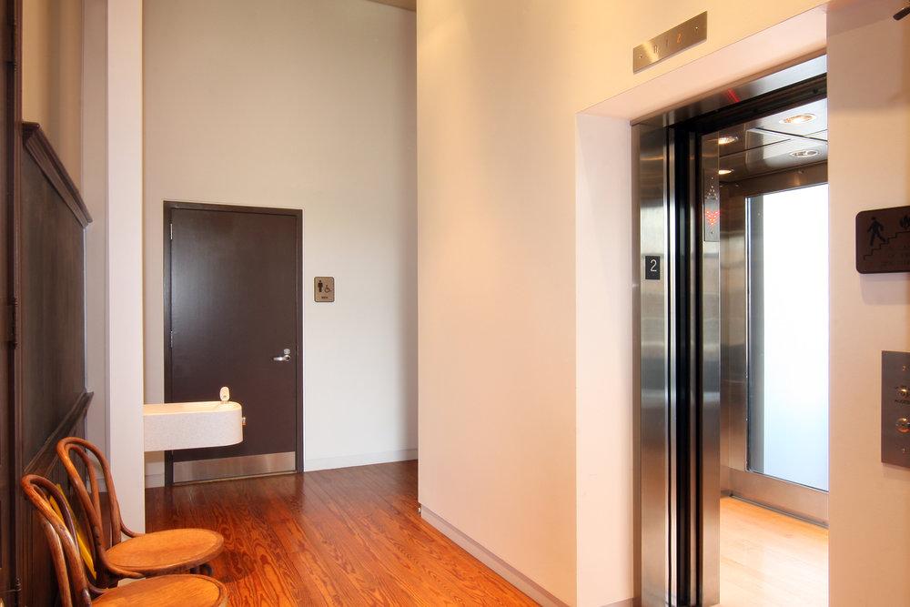 Elevator_01_4x6.jpg