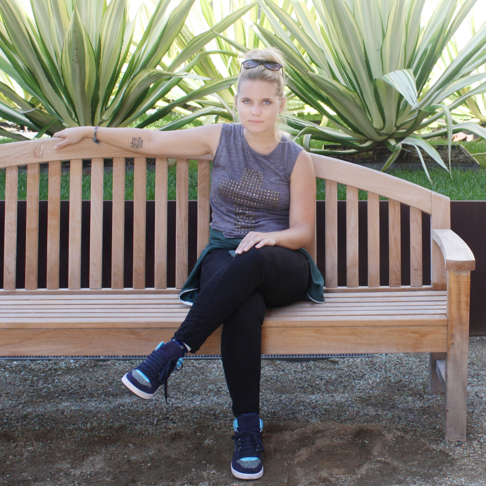 chelsea bench pic2crop2.jpg
