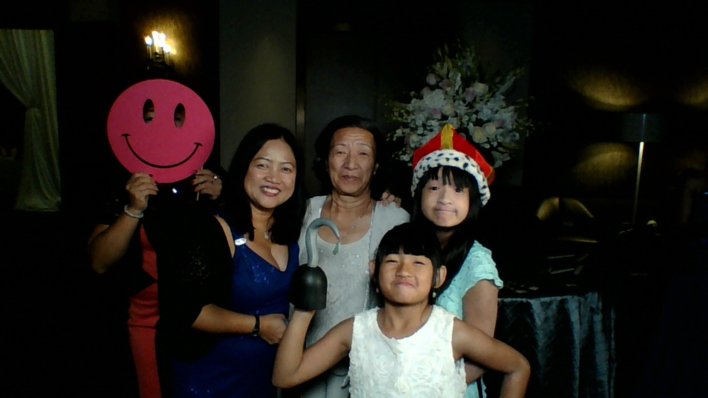 Guest House Events Photo Booth E&J Prints (131).jpg