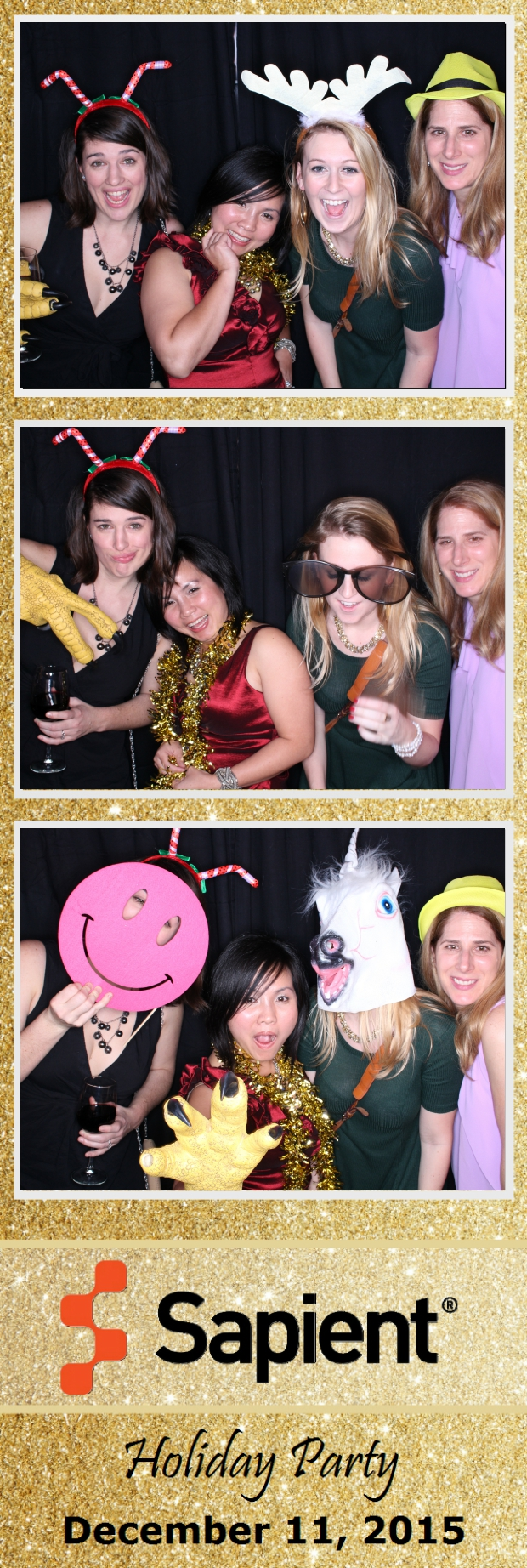 Guest House Events Photo Booth Sapient Holiday Party (8).jpg