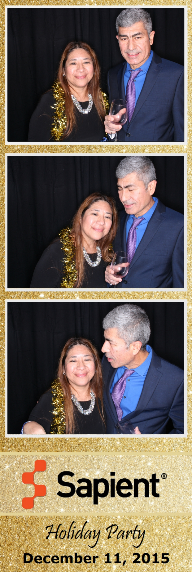 Guest House Events Photo Booth Sapient Holiday Party (10).jpg