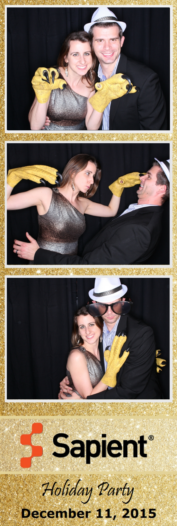 Guest House Events Photo Booth Sapient Holiday Party (15).jpg
