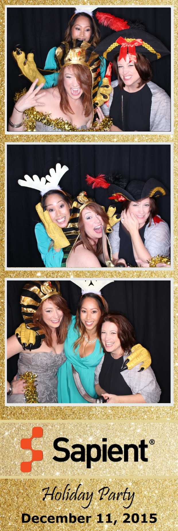 Guest House Events Photo Booth Sapient Holiday Party (26).jpg