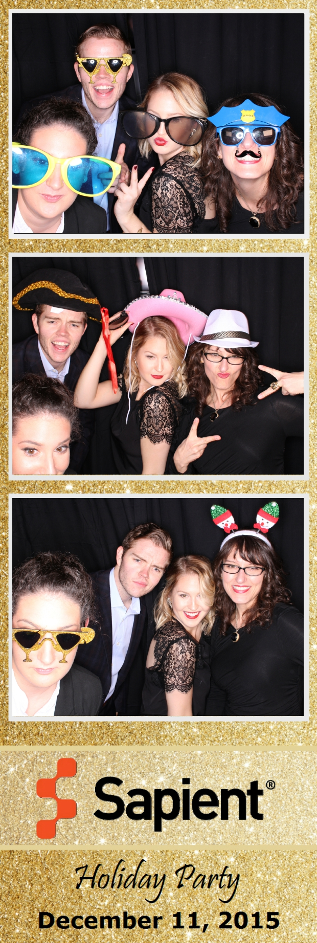 Guest House Events Photo Booth Sapient Holiday Party (30).jpg
