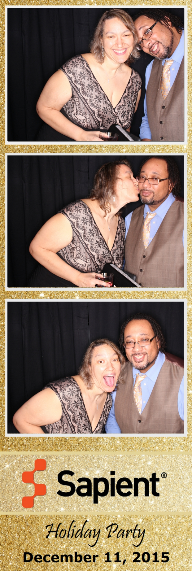 Guest House Events Photo Booth Sapient Holiday Party (57).jpg
