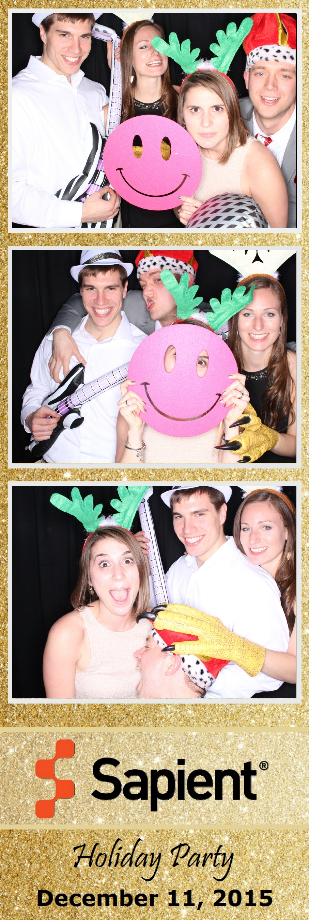 Guest House Events Photo Booth Sapient Holiday Party (82).jpg