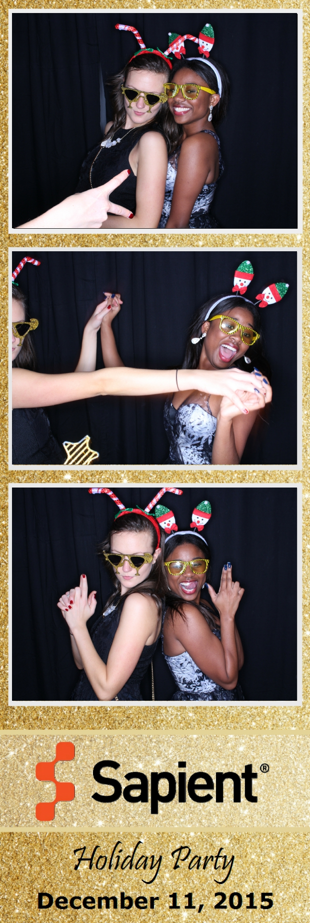 Guest House Events Photo Booth Sapient Holiday Party (105).jpg