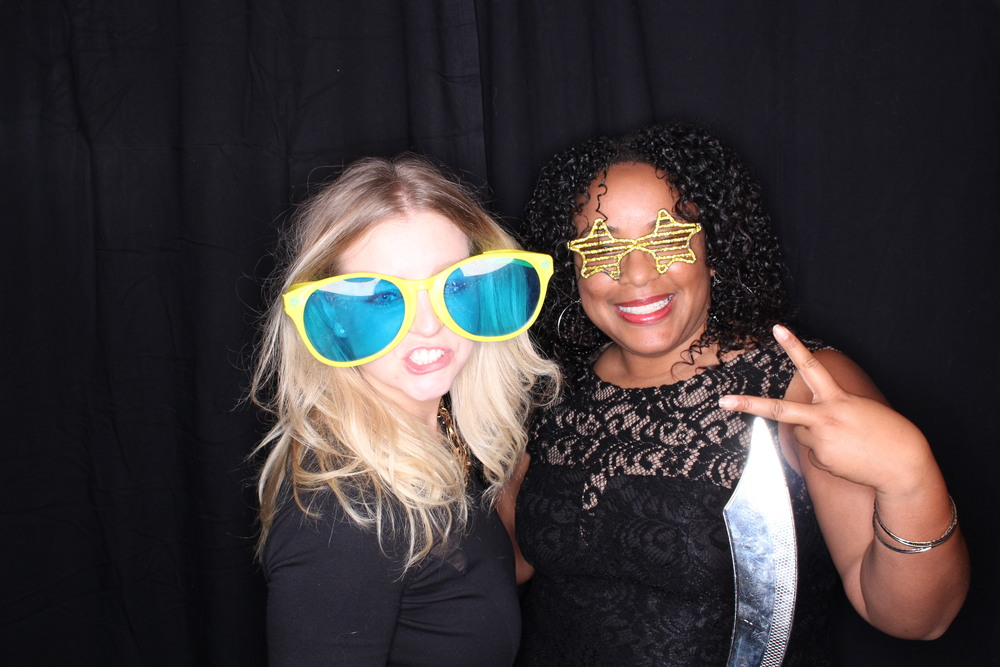 Guest House Events Photo Booth Sapient Holiday Party Originals (2).jpg