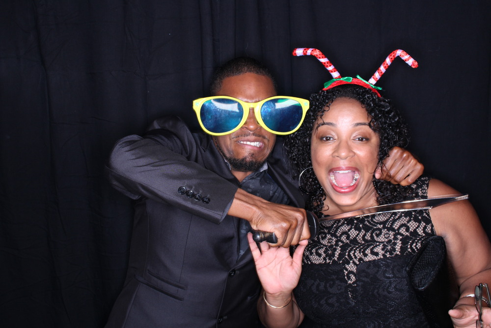 Guest House Events Photo Booth Sapient Holiday Party Originals (17).jpg