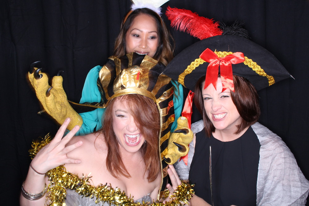 Guest House Events Photo Booth Sapient Holiday Party Originals (78).jpg