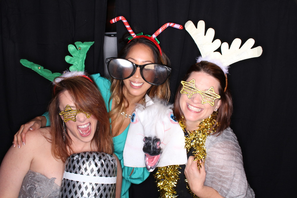 Guest House Events Photo Booth Sapient Holiday Party Originals (81).jpg
