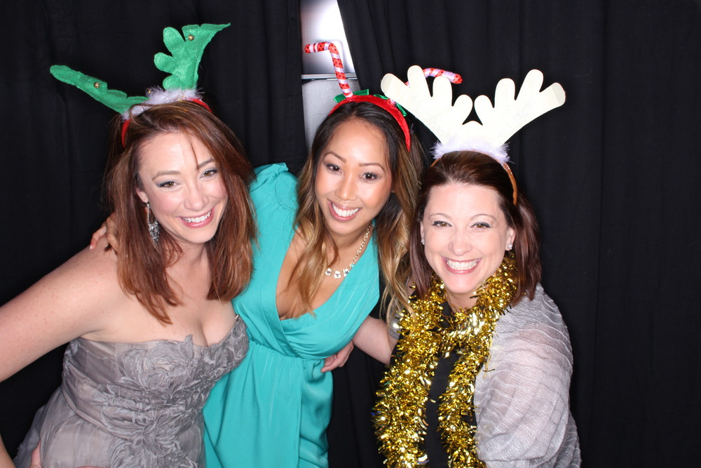 Guest House Events Photo Booth Sapient Holiday Party Originals (82).jpg