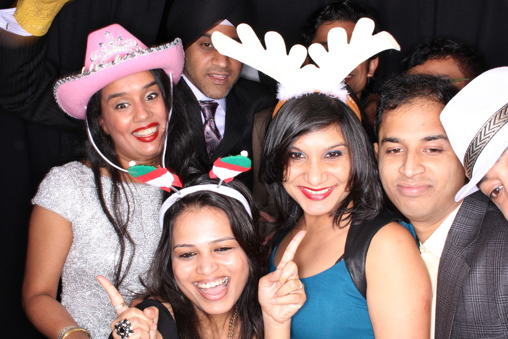 Guest House Events Photo Booth Sapient Holiday Party Originals (179).jpg
