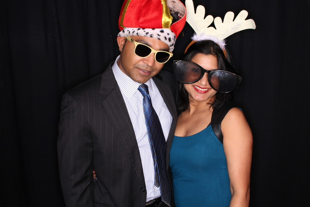 Guest House Events Photo Booth Sapient Holiday Party Originals (201).jpg