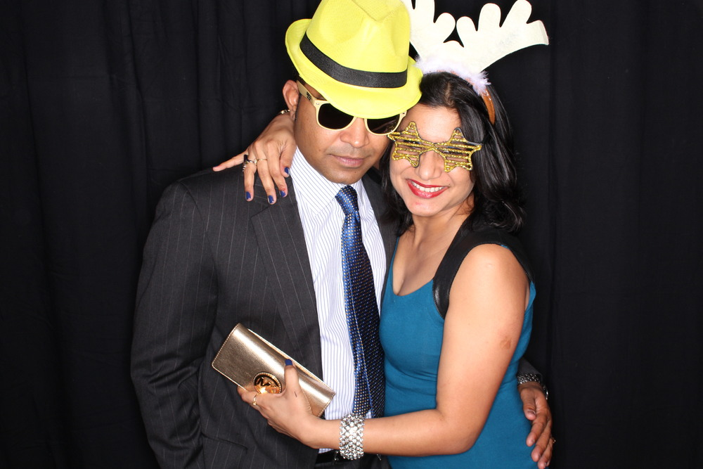 Guest House Events Photo Booth Sapient Holiday Party Originals (203).jpg