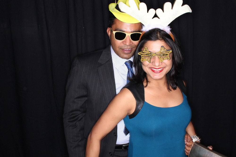 Guest House Events Photo Booth Sapient Holiday Party Originals (202).jpg