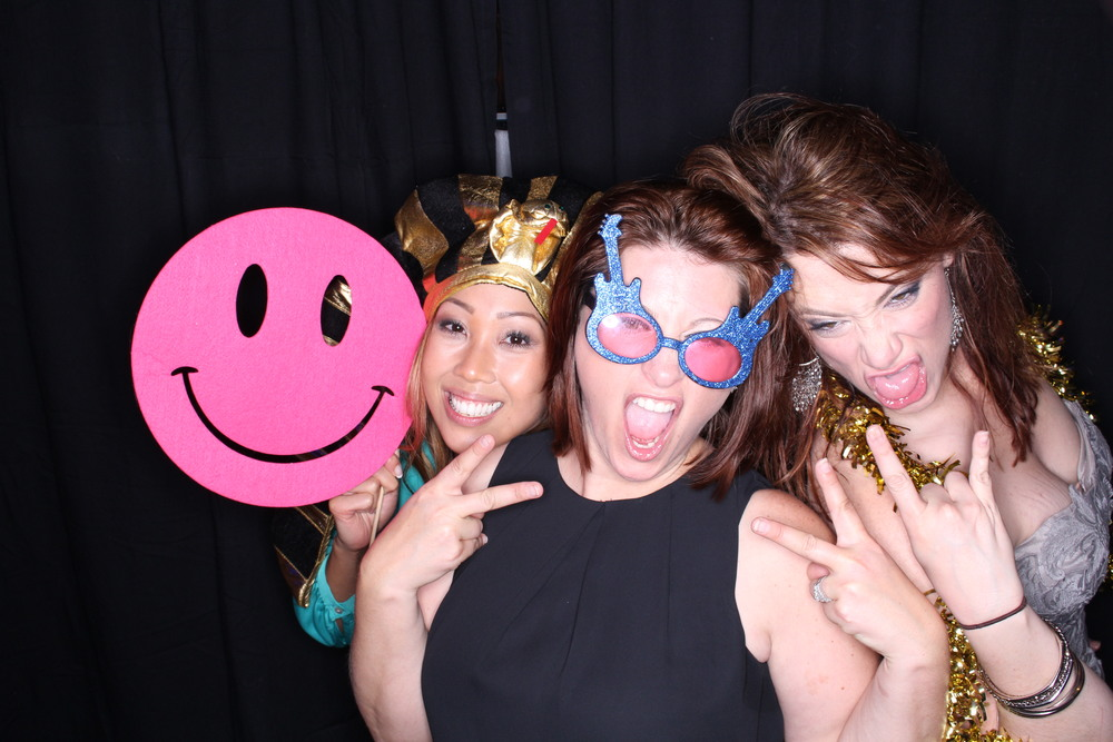 Guest House Events Photo Booth Sapient Holiday Party Originals (250).jpg