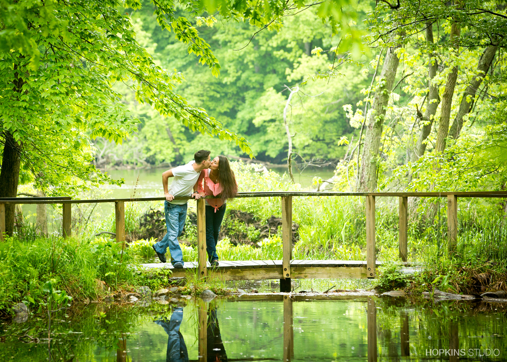 engagement-photo-St-Jo-Stevensville_Niles _04.jpg