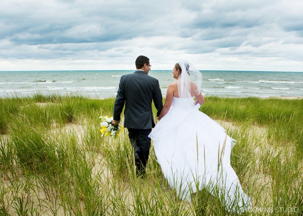 wedding-photography-Jean-Klock-Beach-Park-St-Joseph-Michigan_11.jpg