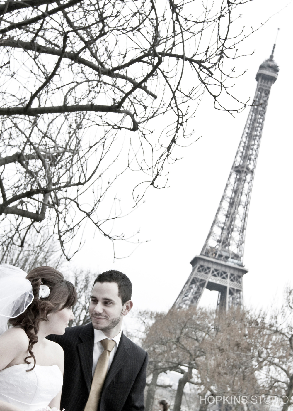 wedding-photography-Eiffel-Tower-Notre-Dame-Paris_19.jpg