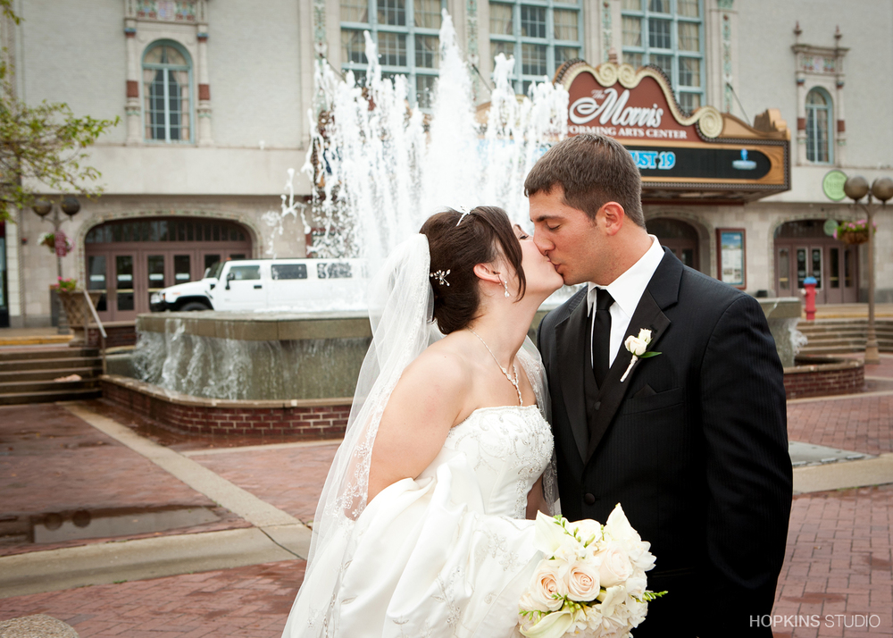wedding-photography-Windsor-Park-Conference-Center-South-Bend-Indiana_15.jpg